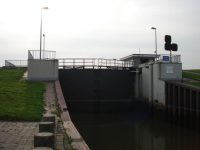 Schleuse am Vareler Hafen