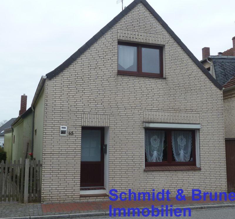 Immobilie Varel - kleines modernisierungsbedürftiges Wohnhaus in zentraler Lage von Varel - verkauft!